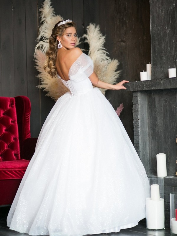 14d8736007f5a75 Свадебные платья напрокат - Сеть свадебных салонов «Умная свадьба ...