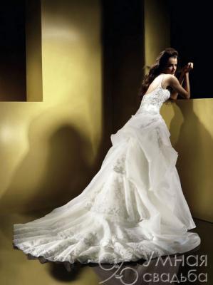 Фотография свадебного платья. Хит 3